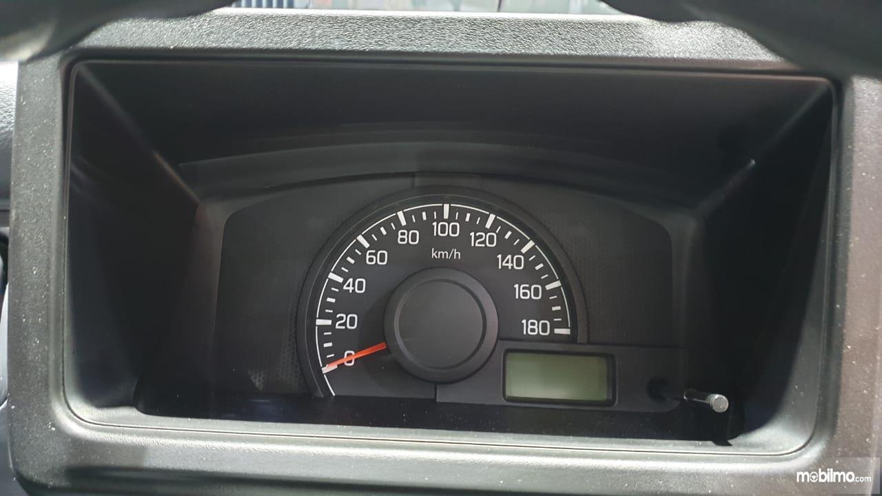 Gambar menunjukkan desain bagian Panel instrumen New Suzuki Carry Pick Up 2019