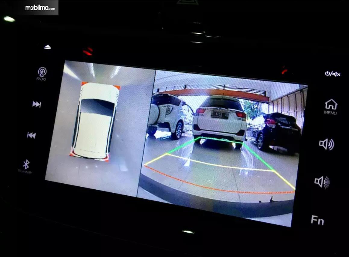 Fitur kenyamanan camera 360 derajat Daihatsu Terios R AT Deluxe 2018
