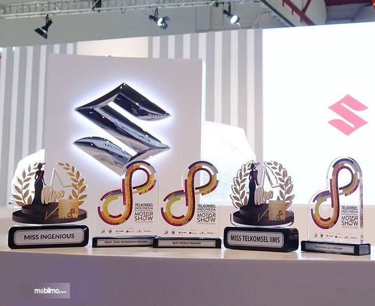 Foto 5 Penghargaan yang diraih Suzuki di pameran otomotif Telkomsel IIMS 2019