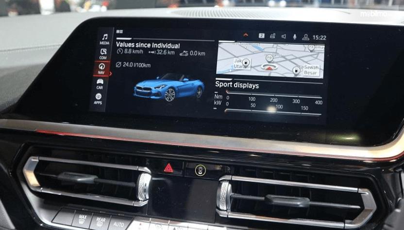 Gambar ini menunjukkan fitur hiburan BMW Z4 sDrive30i M Sport 2019