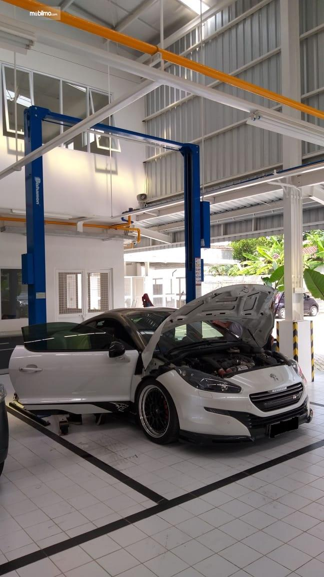Layanan Service di diler Astra Peugeot Solo