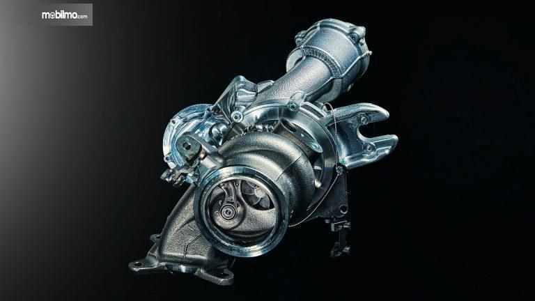 Tampak sistem turbocharger di mobil reli Skoda Fabia R5