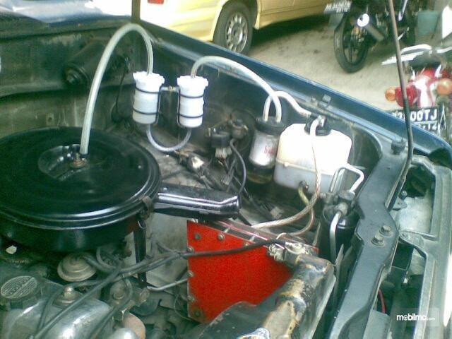 Instalasi akuarium HHO di mobil Toyota Kijang