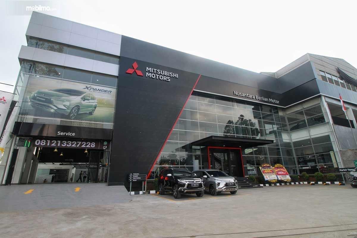 Foto Diler Nusantara Berlian Motor dengan desain terkini