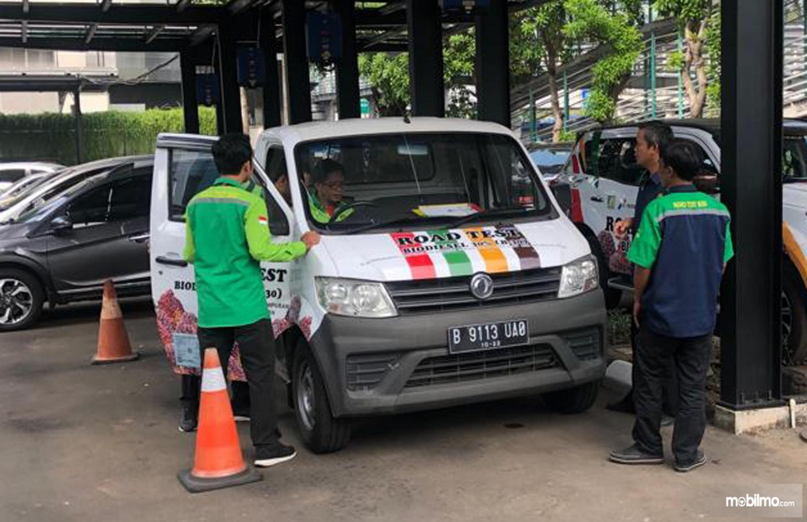 Tampak DFSK Super Cab Diesel Siap Road Test B30
