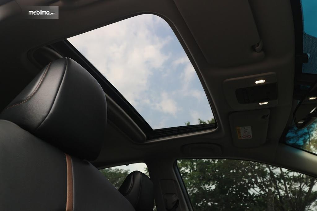 Tampak Sunroof All New Toyota Camry 2.5 V AT 2019