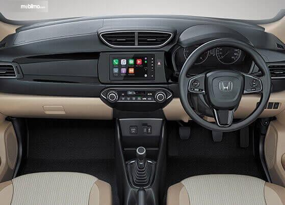 Gambar menunjukkan Layout dasbor Honda Amaze 2019 dengan kelengkapan fitur di dalamnya