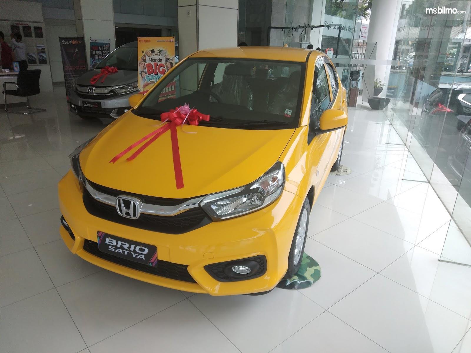 Foto All New Honda Brio Satya di salah satu diler di tanah air