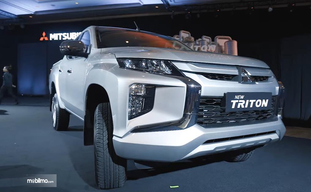 Foto menunjukkan Mitsubishi New Triton saat diluncurkan di Jakarta, 2 Juni 2019