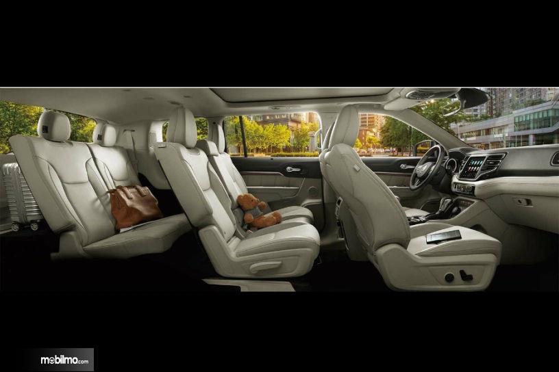 Foto Interior SUV terbaru besutan Jeep yang cukup mewah
