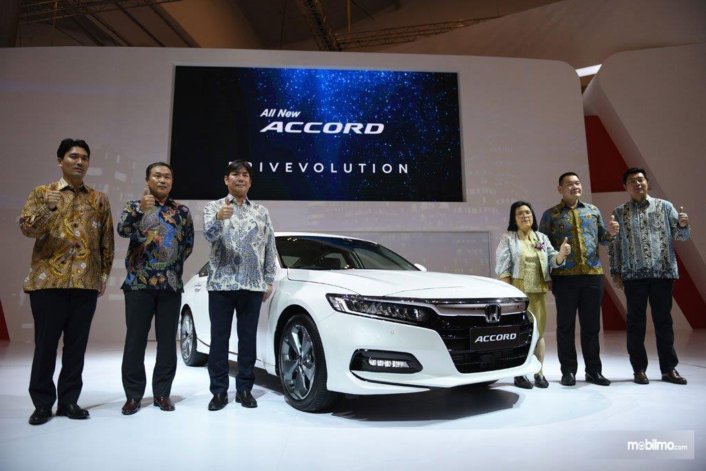 Foto All New Honda Accord saat diluncurkan di pameran GIIAS 2019