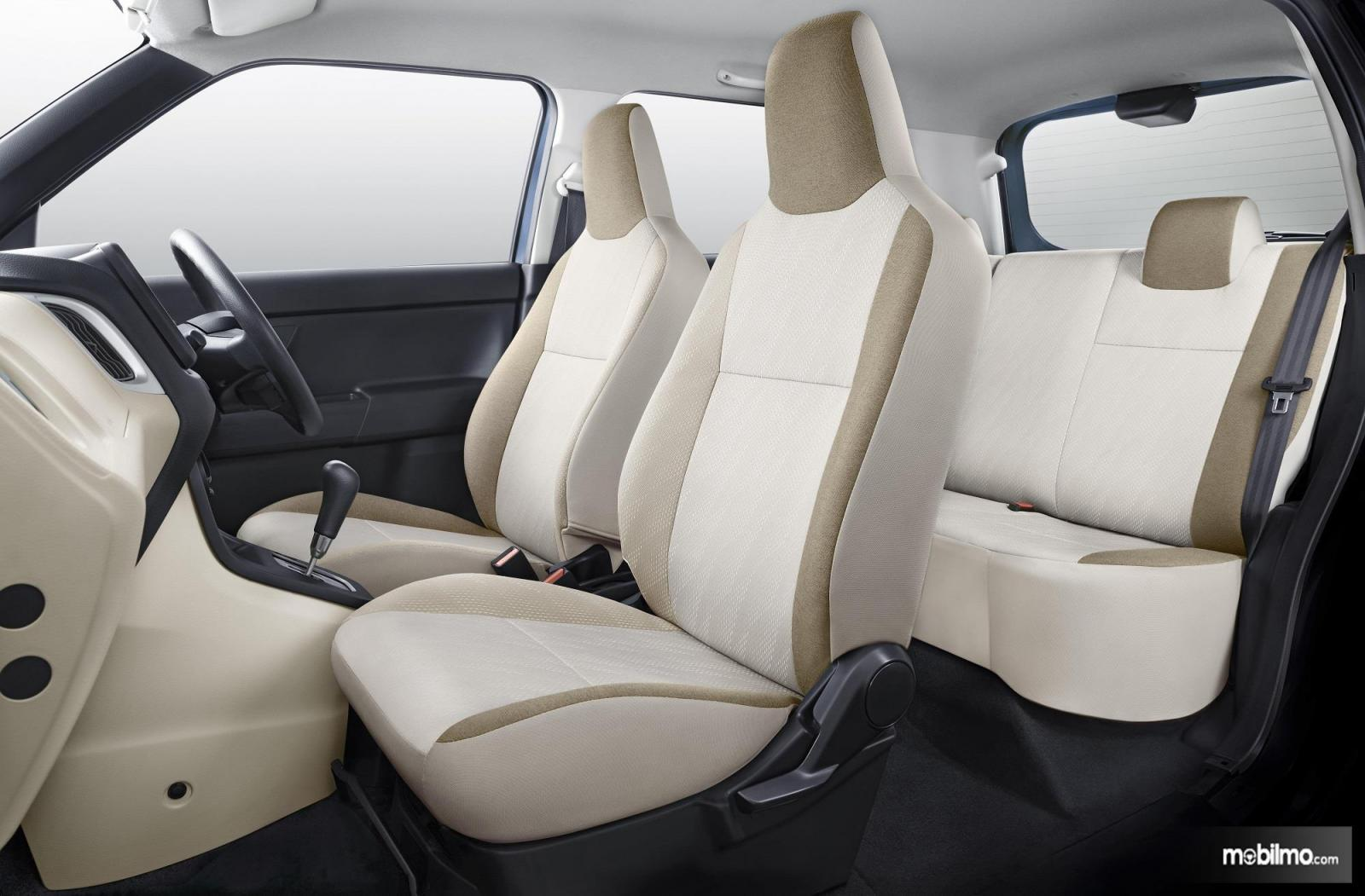 Foto interior Suzuki Wagon R 2019, kok tampak bersih