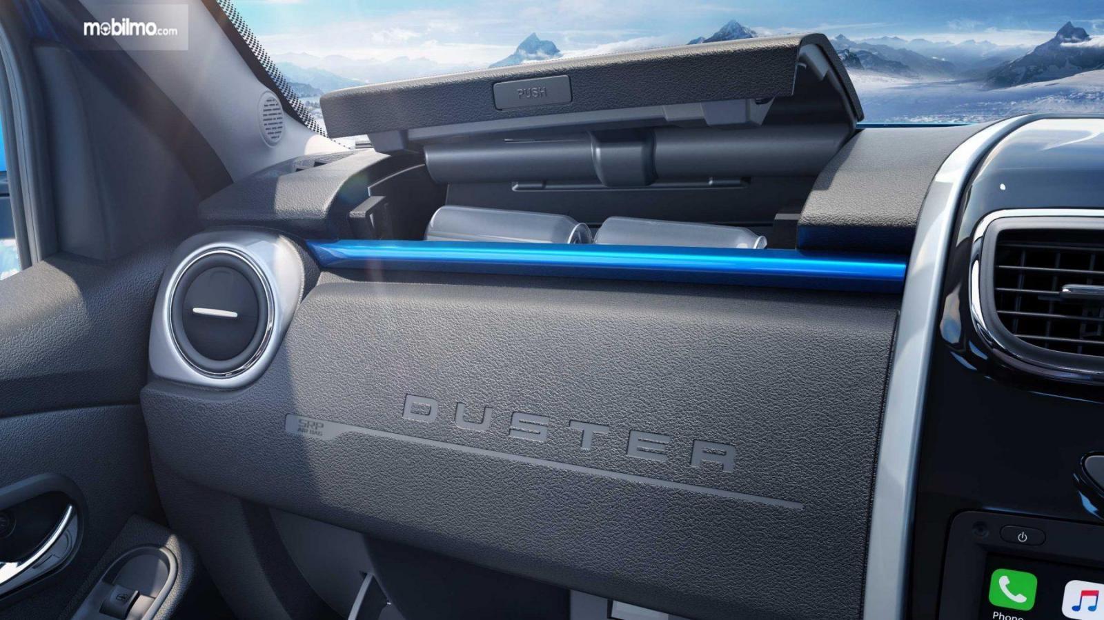 Foto menunjukkan Dashboard Renault Duster 2019
