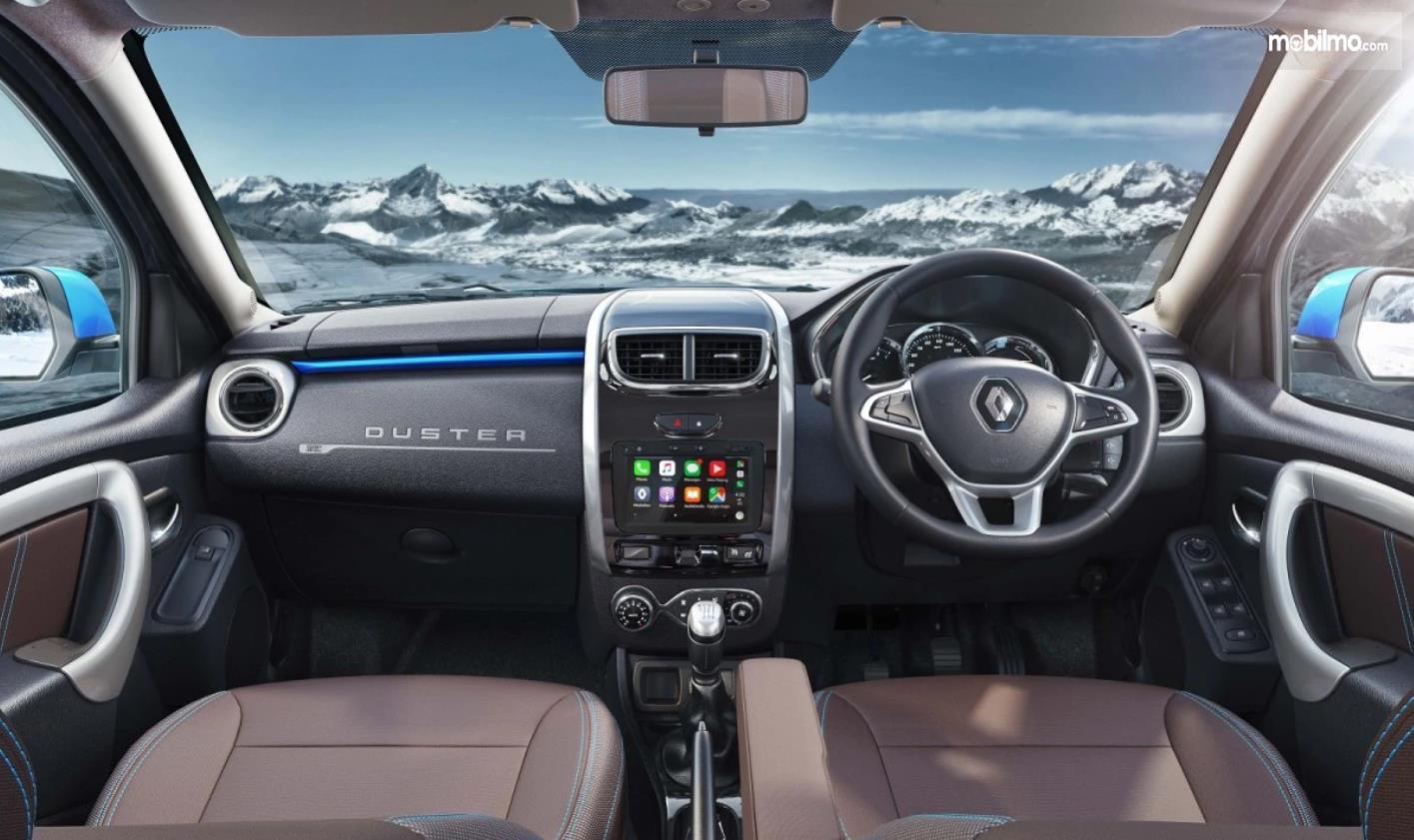 Foto menunjukkan Kabin Renault Duster 2019