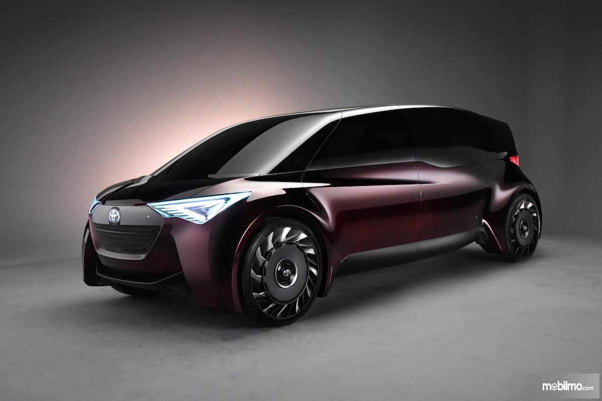 Foto mobil listrik Toyota FCR Concept, unitnya telah diperkenalkan di GIIAS 2019