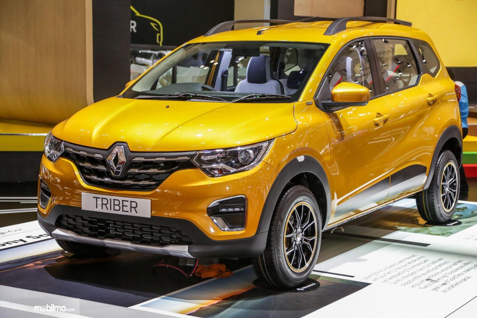 Foto Renault Triber 2019 di pameran GIIAS 2019