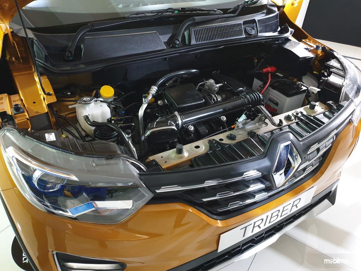 Foto Mesin Renault Triber 2019