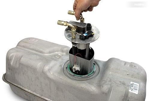 Gambar menunjukkan pompa bensin