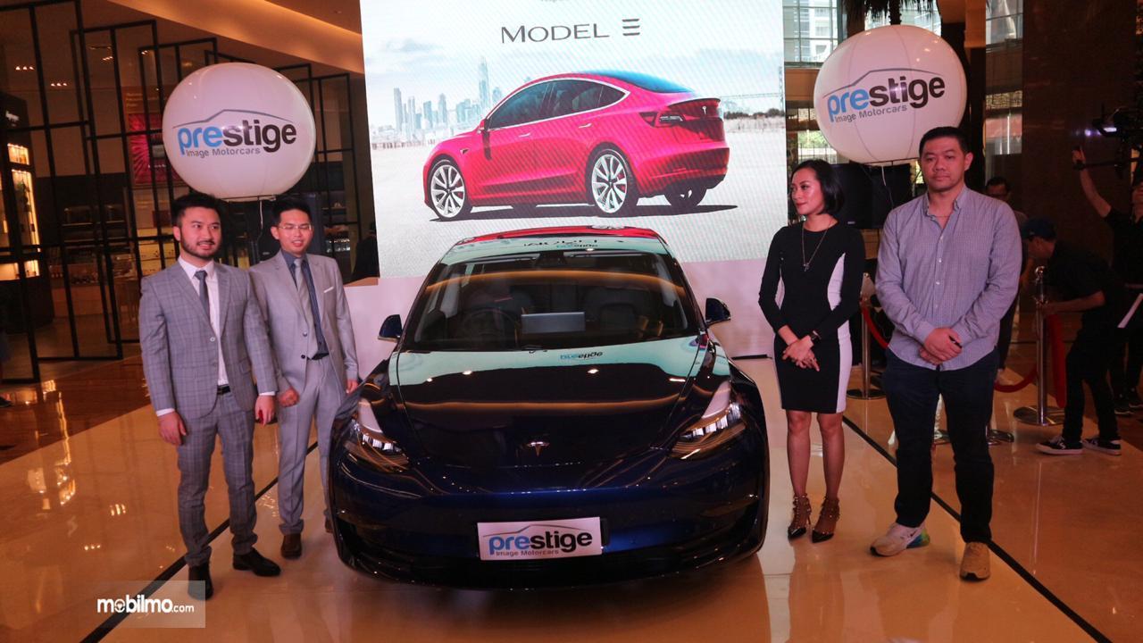Foto saat peluncuran Tesla Model 3 di Jakarta