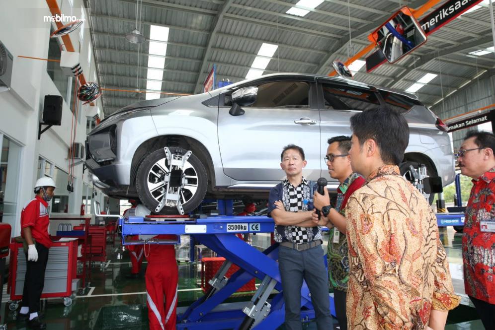 Foto Layanan Servis di bengkel resmi Mitsubishi Lautan Berlian Palembang