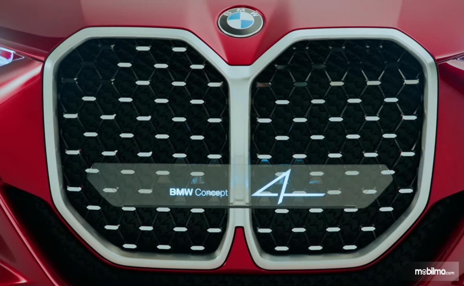 Gambar ini menunjukkan desain Grille baru pada BMW konsep 4