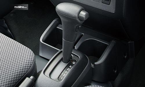 Gambar menunjukkan Transmisi otomatis 4-speed Subaru Sambar Truck 2019