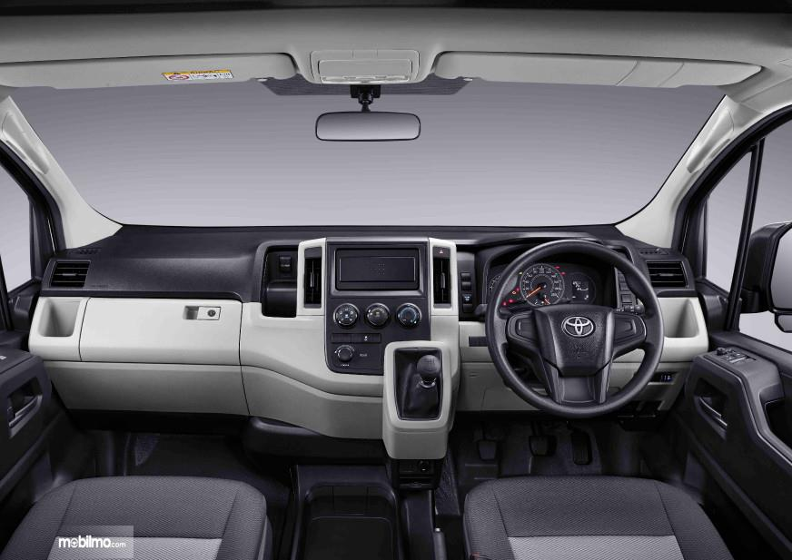 Foto Dashboard Toyota HiAce Premio 2019