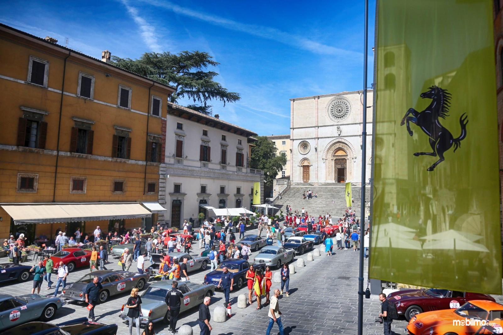 Foto touring Cavalcade CLassiche Ferrari 2019 di area Roma