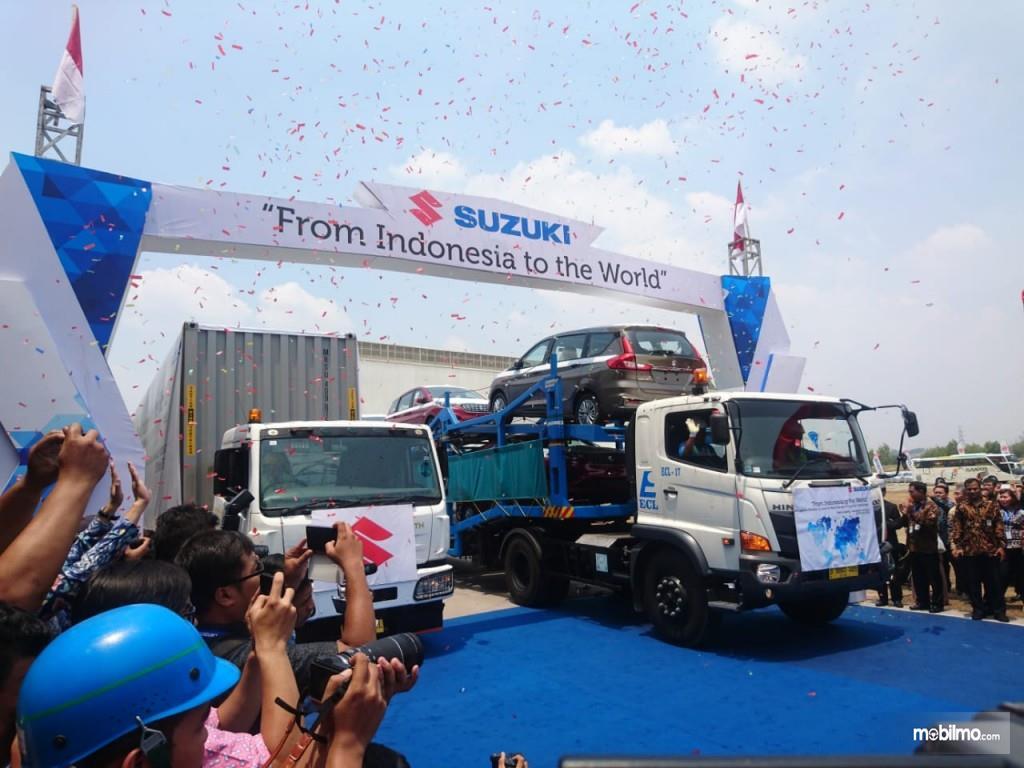 Seremoni ekspor Suzuki ke mancanegara