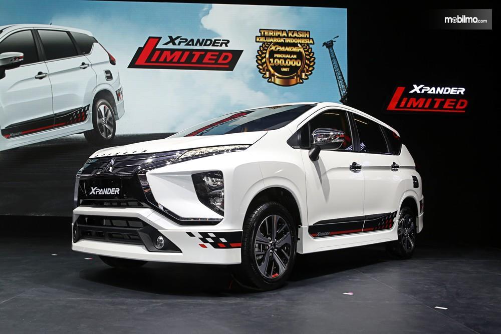 Foto menunjukkan Mitsubishi Xpander Limited AT 2019