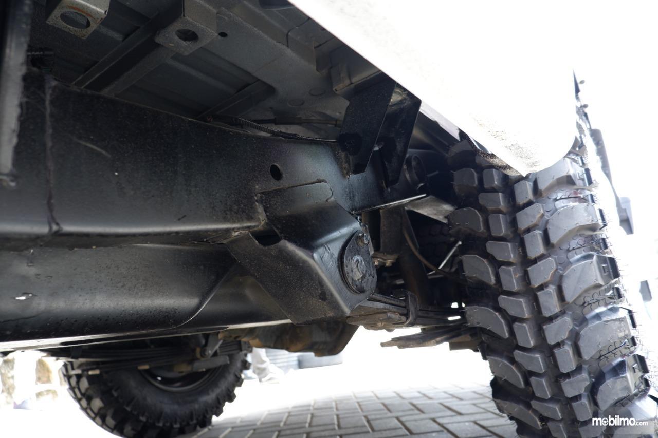 Gambar menunjukkan sasis mobil Mahindra Scorpio Pikup