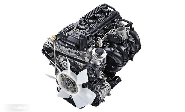 Gambar menunjukkan mesin 1TR-FE Toyota Kijang Innova