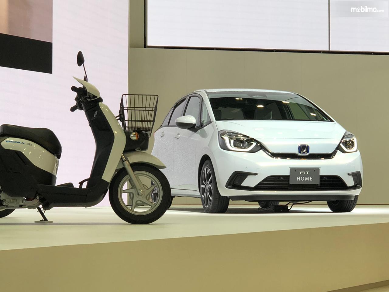 Gambar menunjukkan All New Honda Jazz 2020