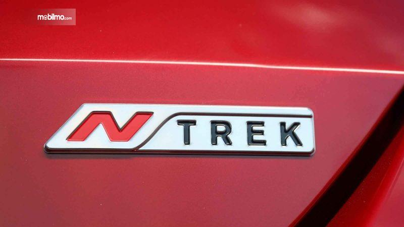 Foto Emblem Nissan X-TRAIL N-TREK Limited Edition