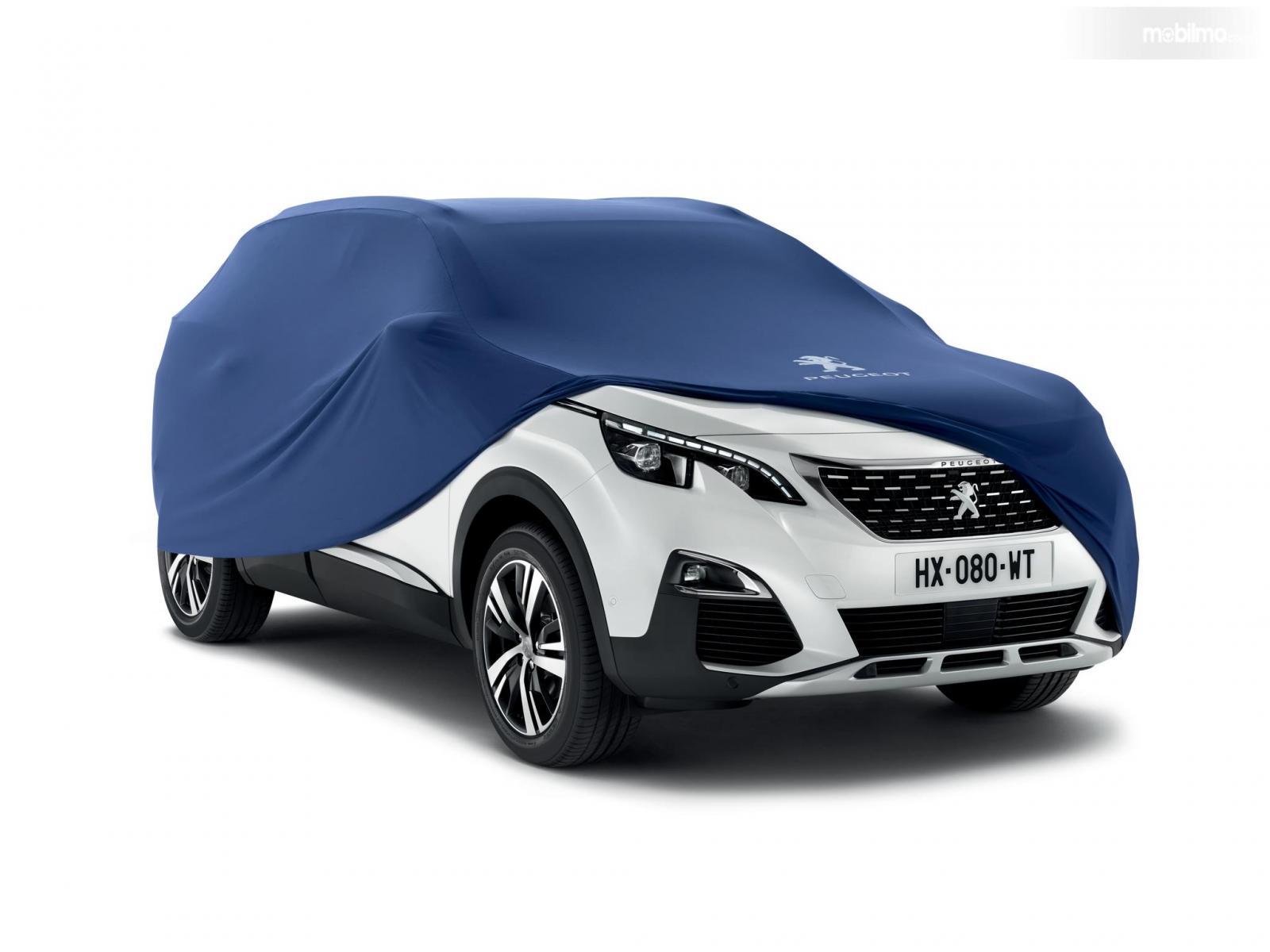 Protective Cover digunakan pada Peugeot 3008