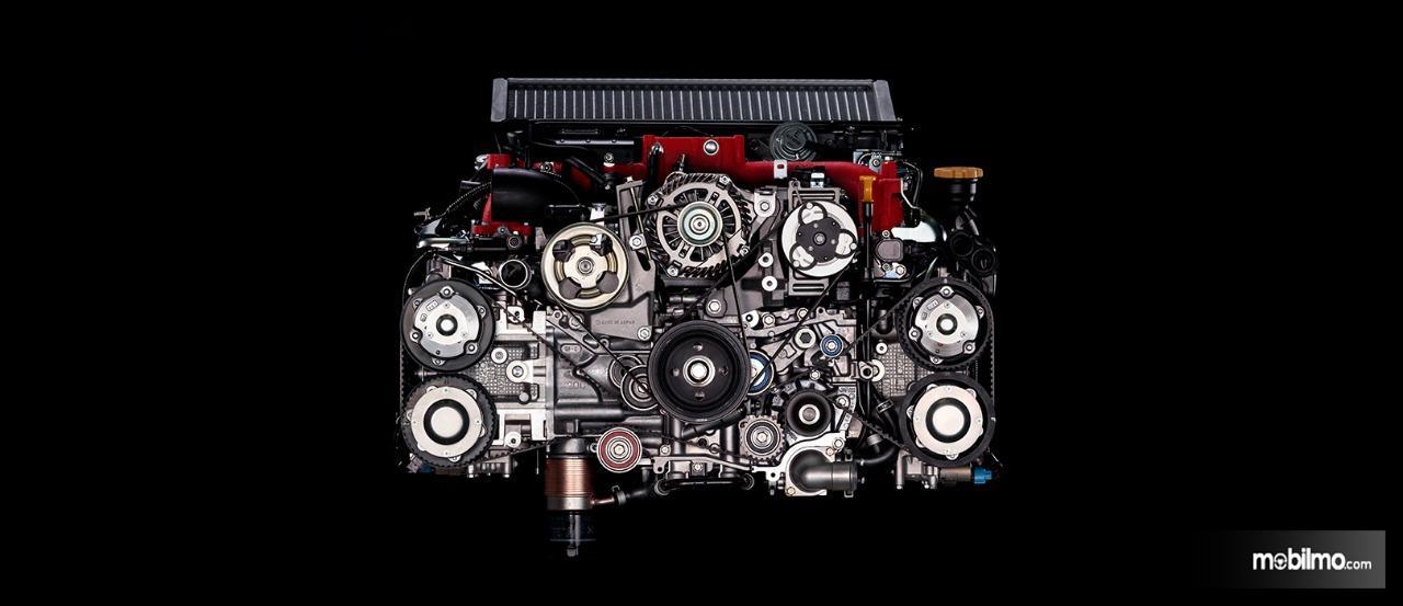 Gambar menunjukkan mesin boxer EJ20 Subaru