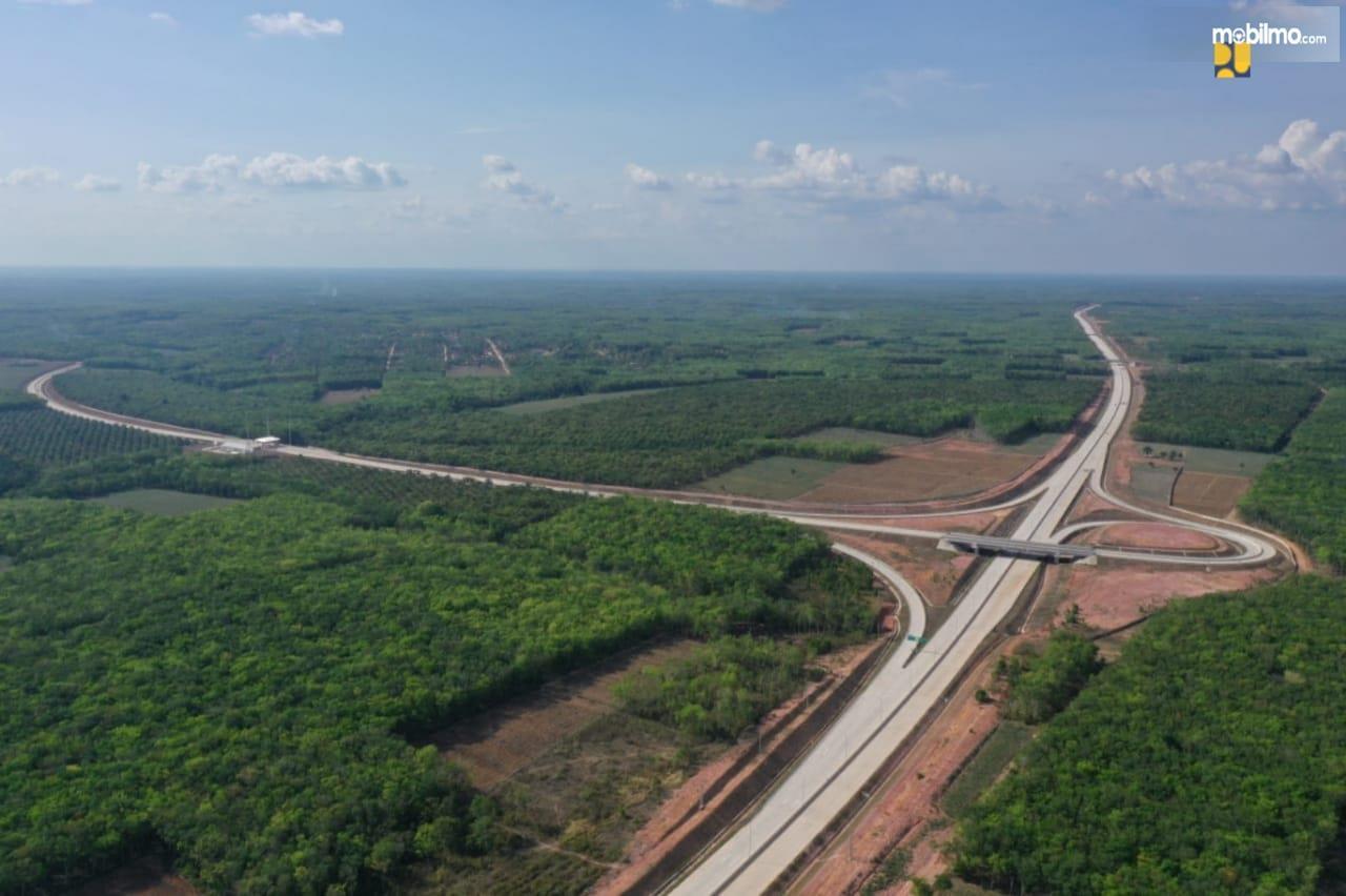 Foto dari udara Jalan Tol Trans Sumatera