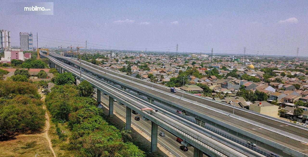 Foto Jalan Tol Jakarta Cikampek II Elevated