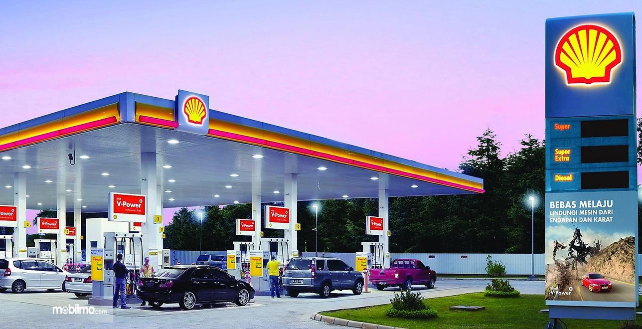 Gambar ini menunjukikan SPBU milik PT Shell Indonesia