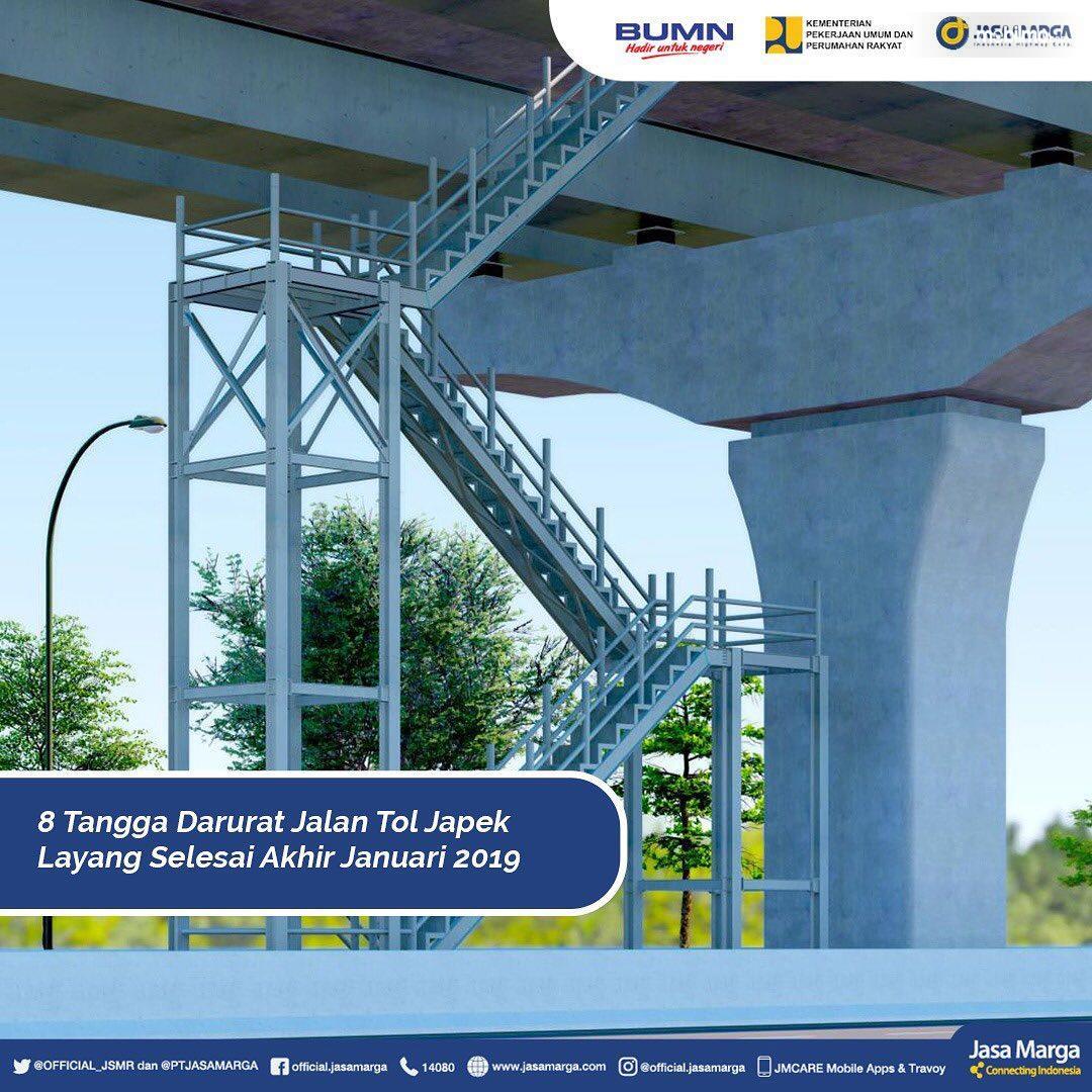 Foto Tangga darurat Tol Japek II Elevated tengah disiapkan