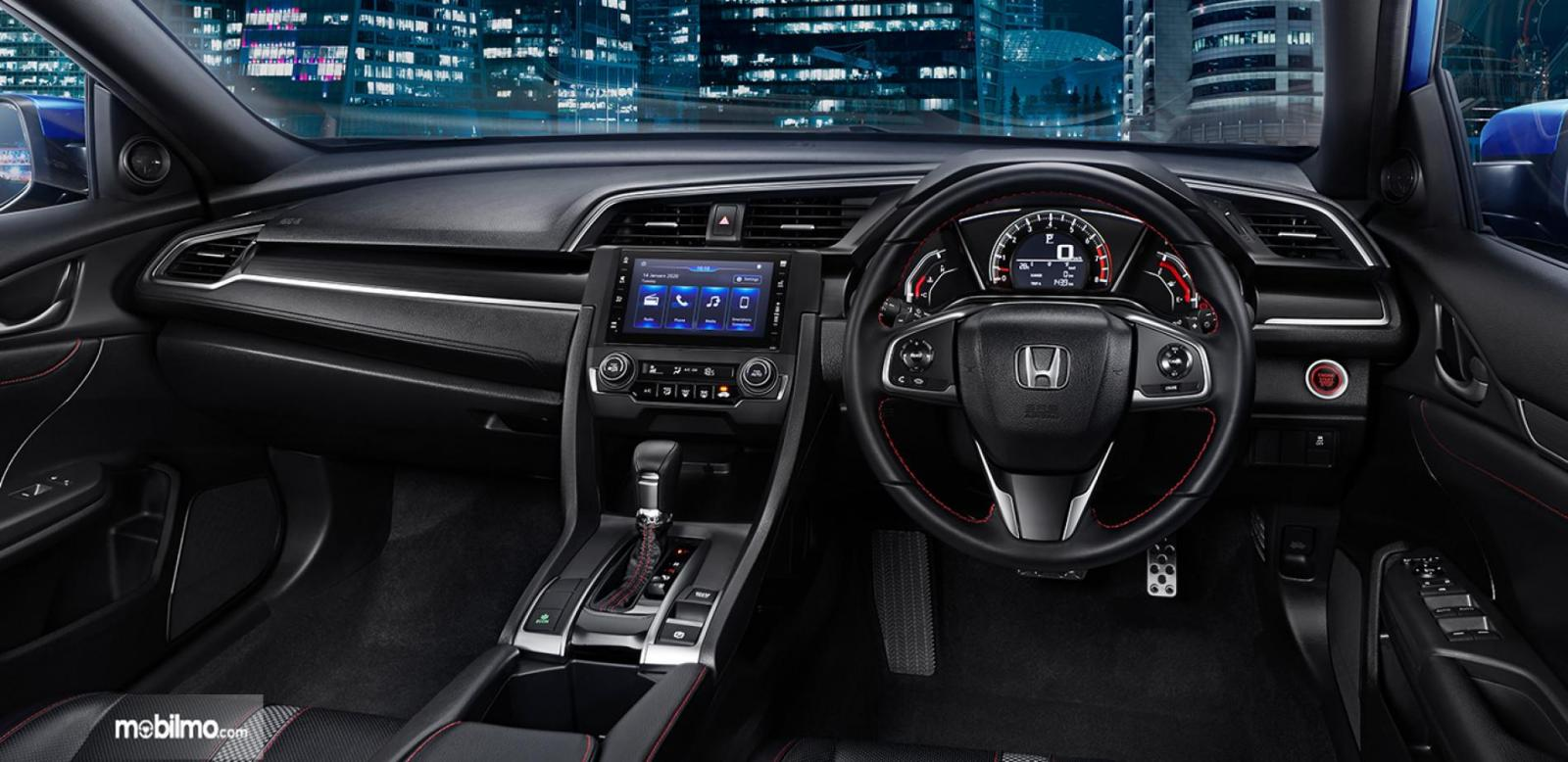 Foto menunjukkan Interior New Honda Civic Hatchback RS