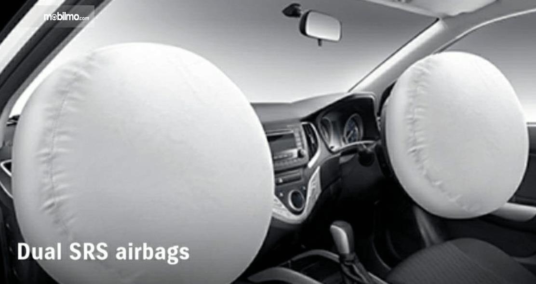 Gambar ini menunjukkan airbag mobil Suzuki Baleno Hatchback AT 2018