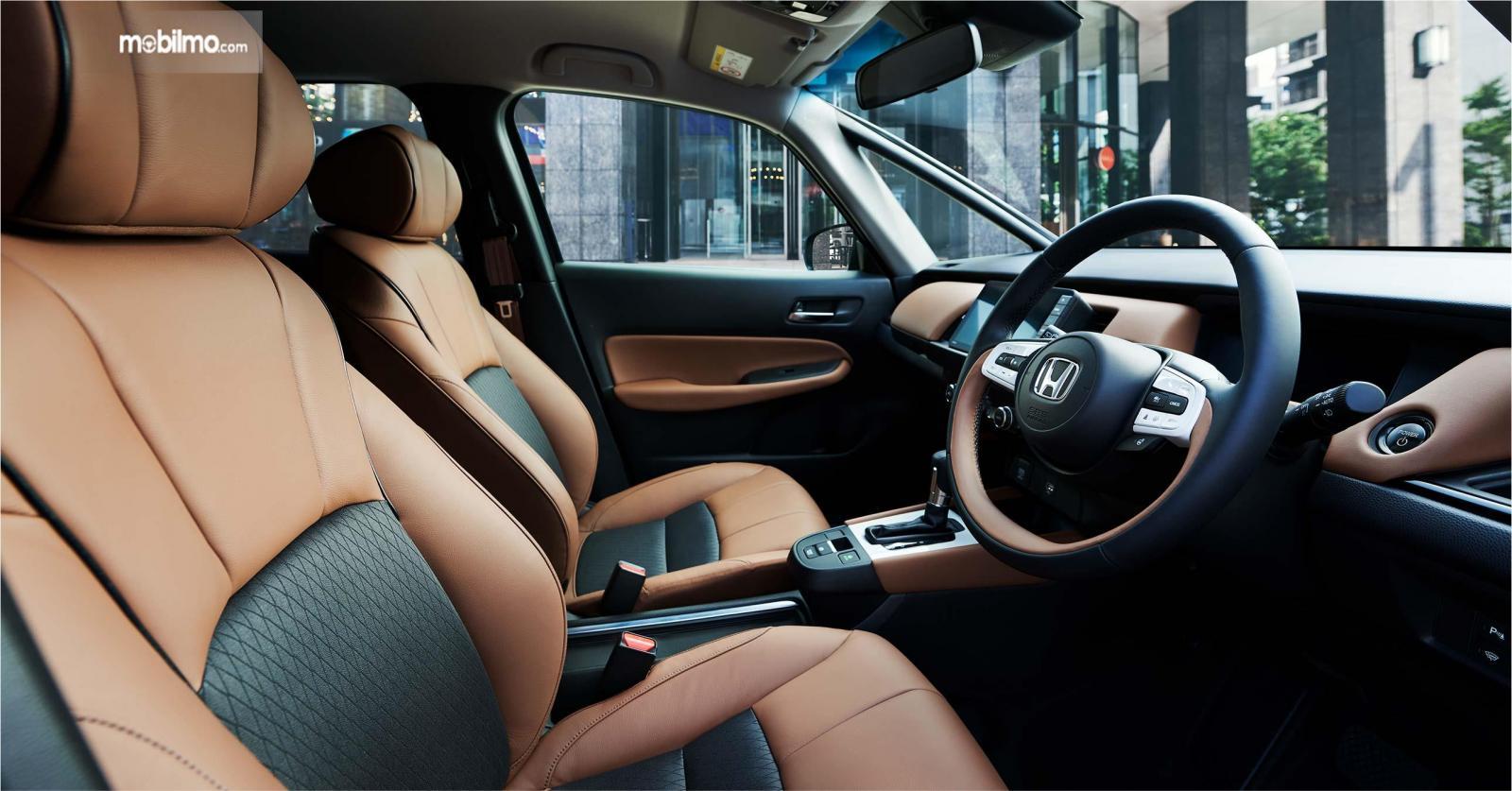 Foto  Honda FIT varian LUXE, mewah berkelas