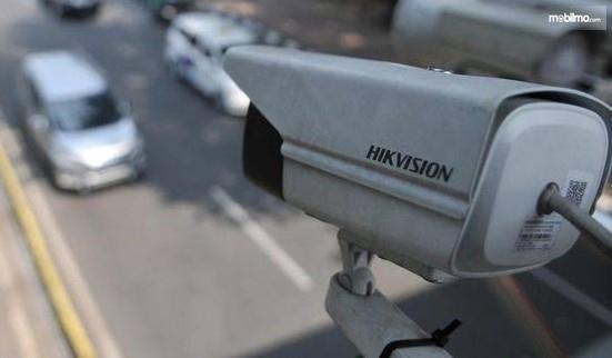 Foto menunjukkan kamera CCTV Tilang Elektronik