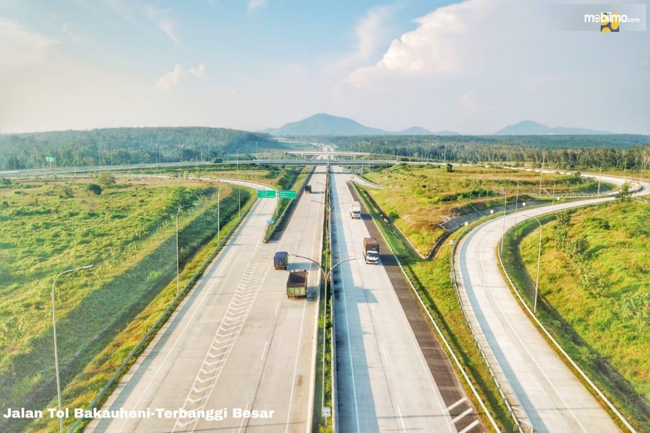 Foto menunjukkan kondisi Jalan Tol Bakauheni-Terbanggi Besar