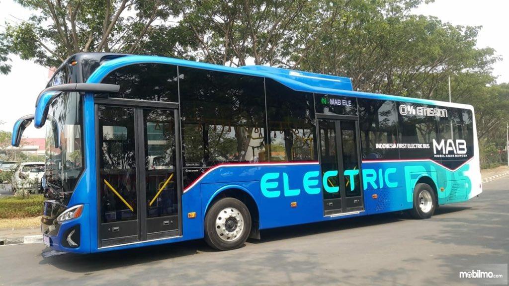 Foto bus Listrik anak Bangsa