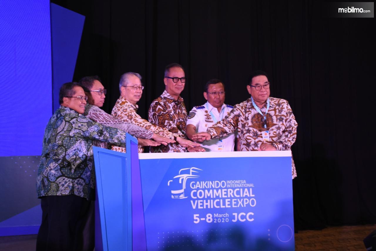 Foto saat Pembukaan GIICOMVEC 2020 di Jakarta