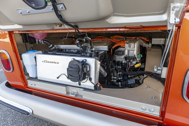Foto menunjukkan Baterai VW e-Bulli Concept