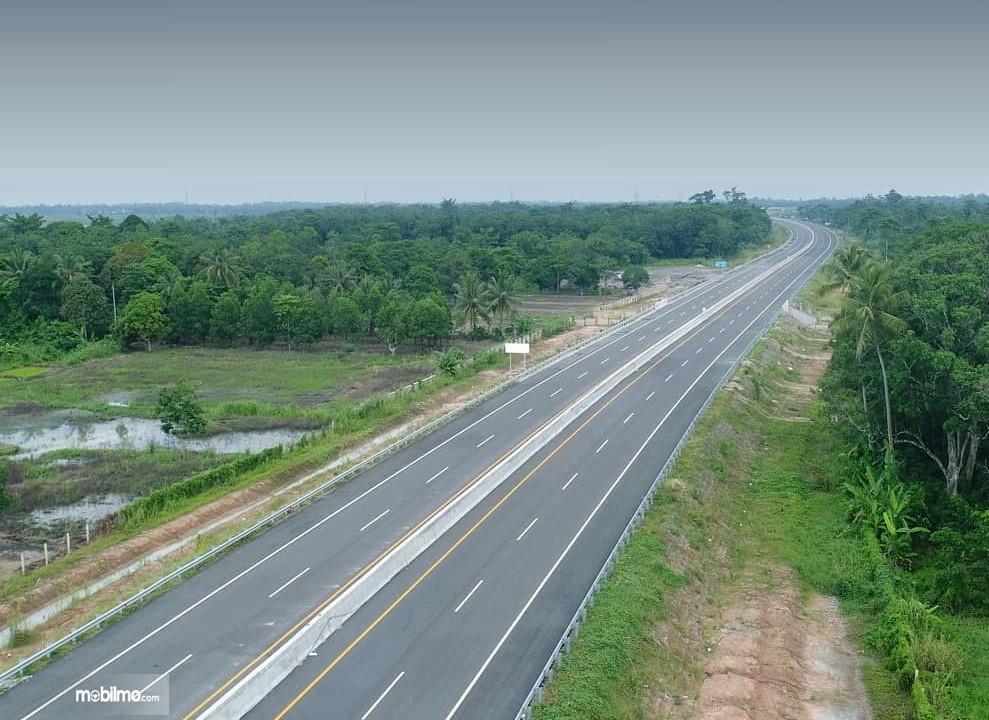 Foto menunjukkan jalan Tol Kayu Agung-Palembang (akses Jakabaring)