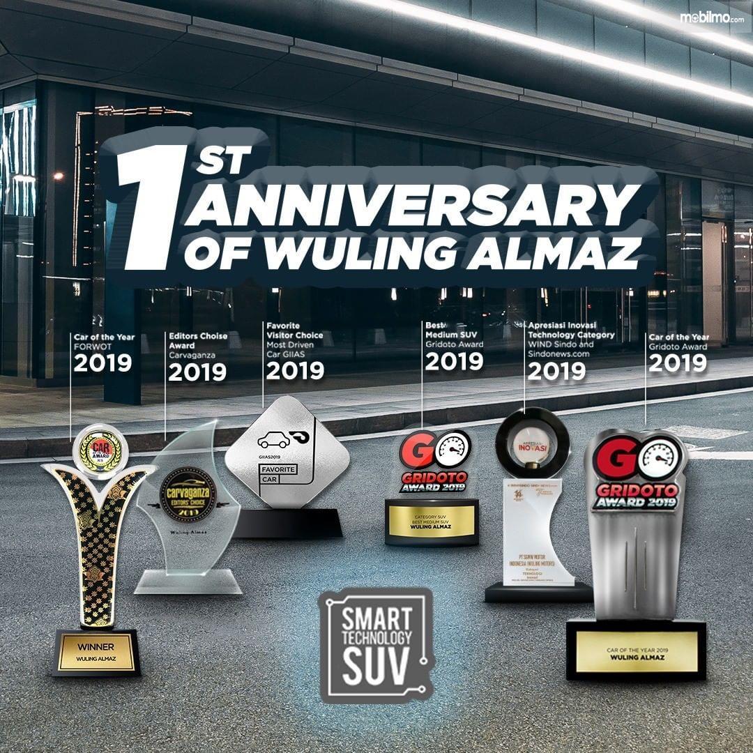 Foto menunjukkan Penghargaan Wuling Almaz